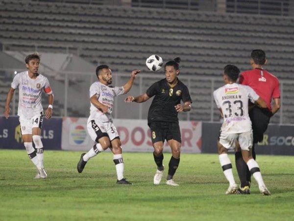 Laga timnas Indonesia U-23 vs Bali United