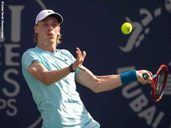Denis Shapovalov melaju ke semifinal di Dubai musim 2021
