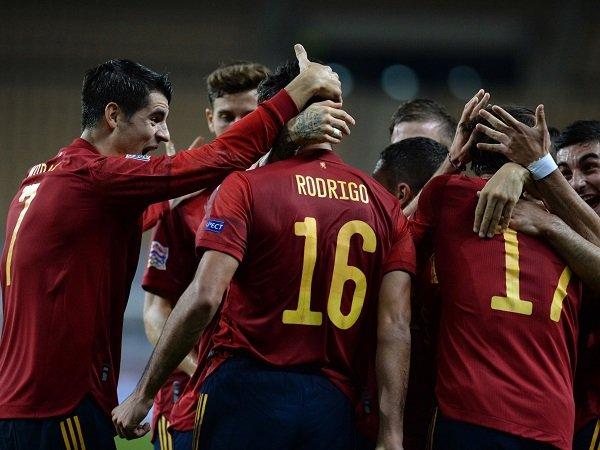 Tim nasional Spanyol berhadapan dengan Yunani di babak kualifikasi Piala Dunia 2022.