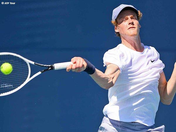 Jannik Sinner melenggang ke babak kedua Miami Open 2021