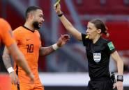 Frappart Jadi Wasit Wanita Pertama yang Pimpin Kualifikasi Piala Dunia