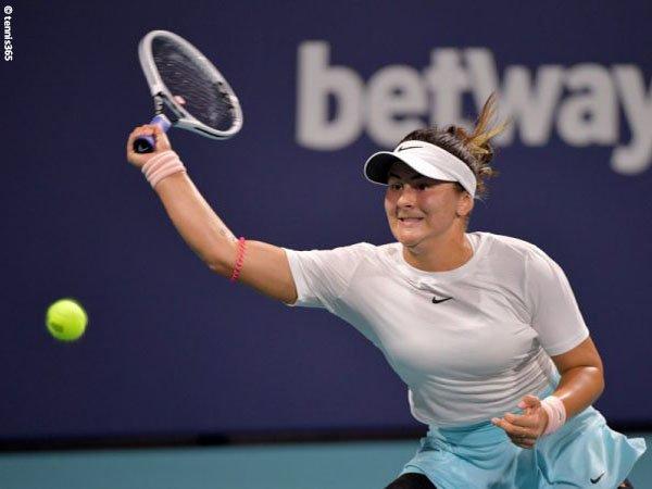 Bianca Andreescu melaju ke perempatfinal Miami Open 2021