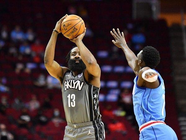 Houston Rockets tak mau sesali keputusan tim berpisah dengan James Harden.
