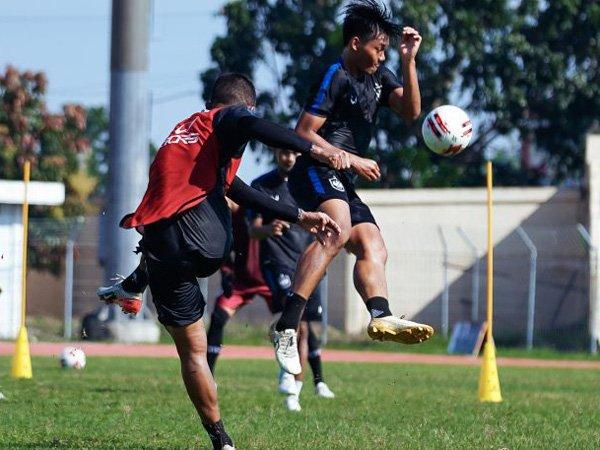 Latihan skuat PSIS Semarang jelang babak 8 besar Piala Menpora 2021
