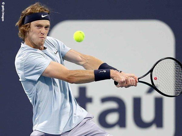 Andrey Rublev kalah di semifinal Miami Open 2021