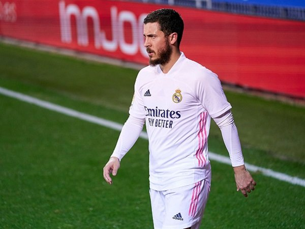 Zinedine Zidane berharap Eden Hazard kembali perkuat Real Madrid dalam laga kontra Liverpool.