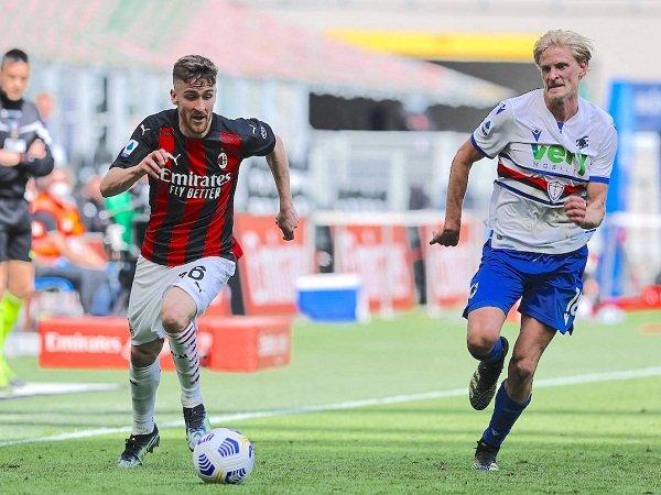 Beberapa keputusan Pioli dipertanyakan saat Milan imbang lawan Sampdoria
