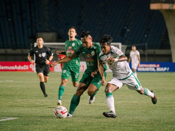 Laga PSS SLeman kontra Persebaya Surabaya di grup C Piala Menpora 2021