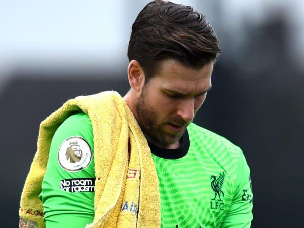 Adrian Bicara dengan Liverpool Soal Masa Depannya