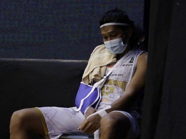 Pemain Bima Perkasa Jogja, Ali Mustofa mengalami cedera. (Images: IBL)