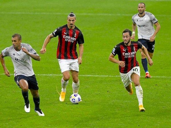 Zlatan Ibrahimovic dan Hakan Calhanoglu