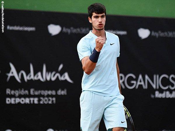 Carloz Alcaraz melaju ke semifinal Andalucia Open 2021