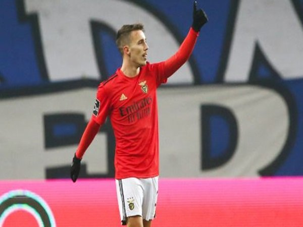 Atletico Madrid incar Grimaldo