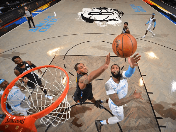 Los Angeles Lakers buat Brooklyn Nets malu di markasnya sendiri.