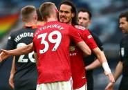 Gary Neville: Striker Muda MU Masih Butuh Edinson Cavani