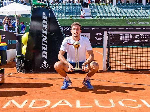 Pablo Carreno Busta naik podium juara di Andalucia Open 2021