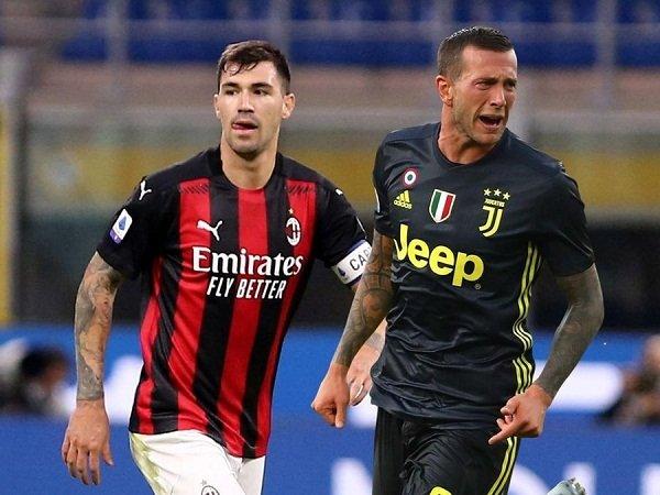 Milan tak minat tukar Alessio Romagnoli dengan Federico Bernardeschi