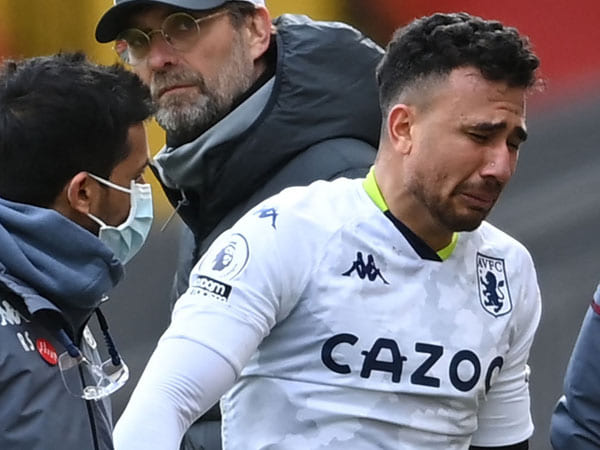 Aston Villa Kehilangan Trezeguet Hingga Musim Ini Berakhir