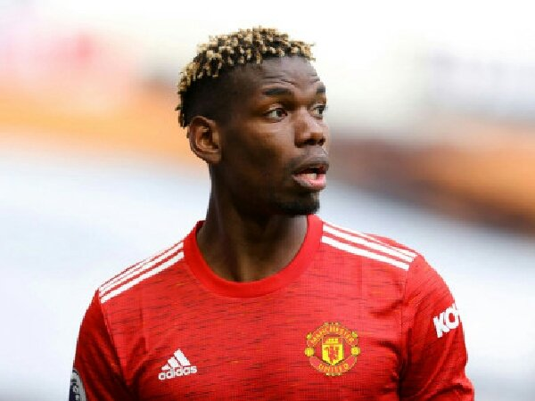 Menurut Gary Neville, Manchester United punya peluang untuk membujuk Paul Pogba agar mau bertahan