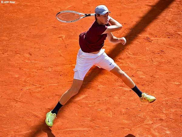 Jannik Sinner melenggang ke babak kedua Monte Carlo Open 2021