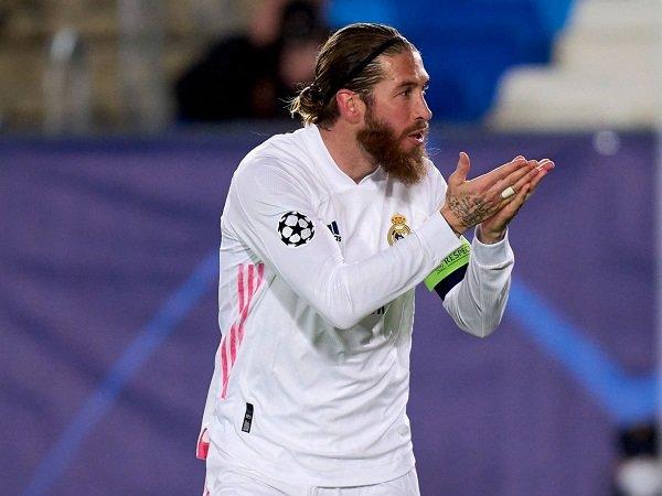 Sergio Ramos belum pulih cedera dan dinyatakan positif virus corona.