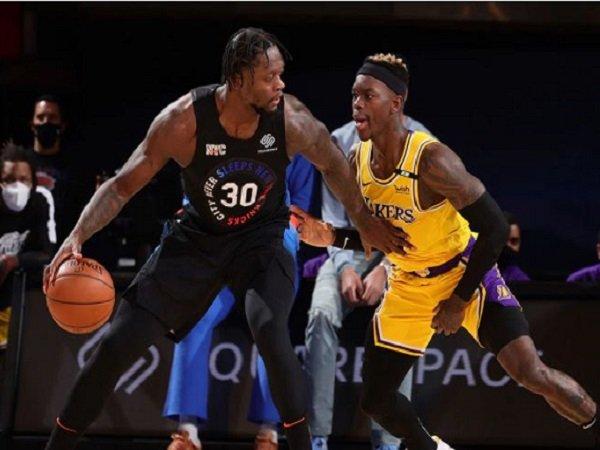 Julius Randle saat melawan Los Angeles Lakers. (Images: Getty)