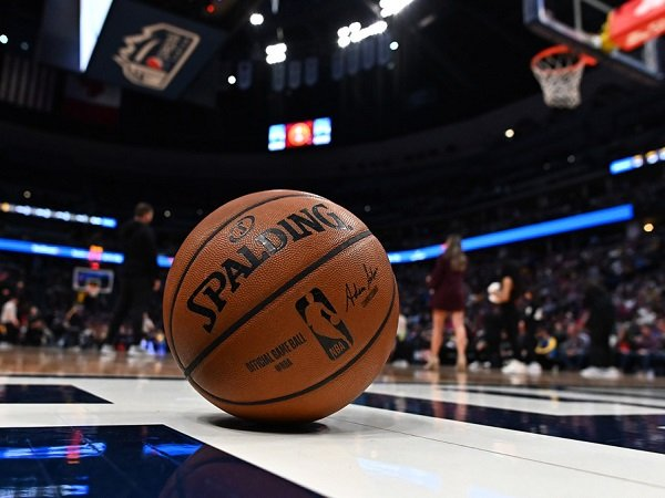 Pertandingan Brooklyn Nets kontra Minnesota Timberwolves terpaksa ditunda usai ada kasus penembakan.
