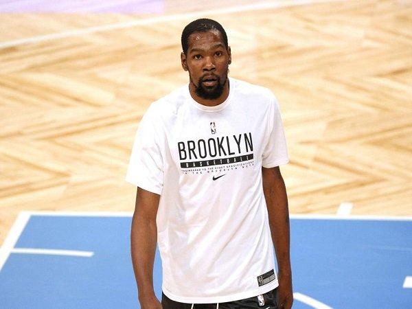 Kevin Durant cuek soal perburuan gelar MVP musim ini.