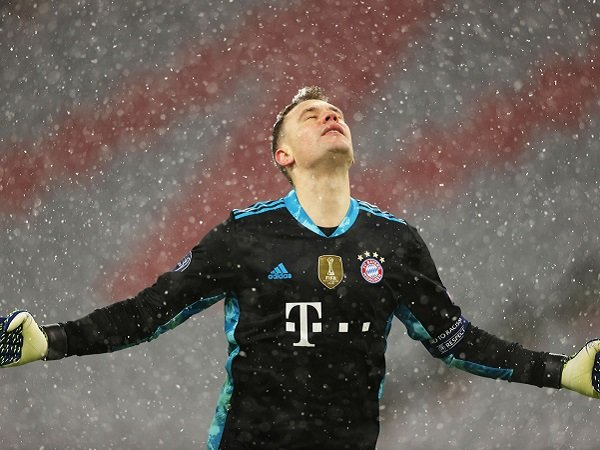 Manuel Neuer yakin Bayern Munich masih bisa lolos.
