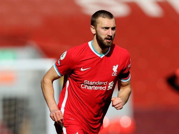 Phillips Sempat Ingin Pindah ke AS Sebelum Bertahan di Liverpool