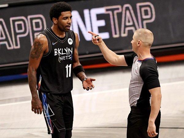 Manajemen Brooklyn Nets mulai resah lihat sikap Kyrie Irving.