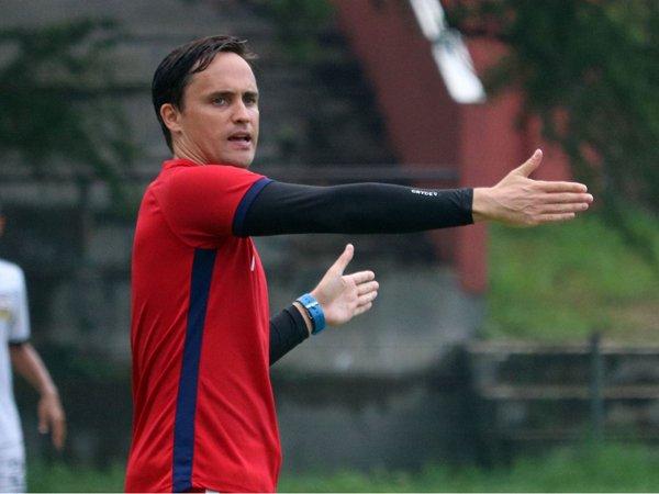 Pelatih Bhayangkara Solo FC, Paul Munster