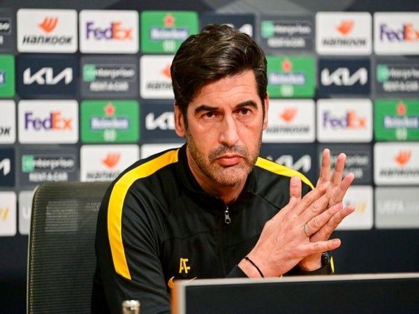 Paulo Fonseca menyebut duel melawan Ajax Amsterdam di leg kedua perempat final Liga Europa menjadi partai terpenting AS Roma di musim ini / via Getty Images