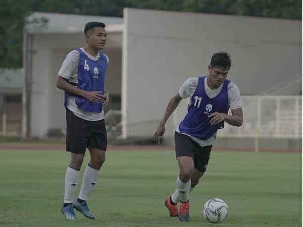Gelandang Madura United, Asep Berlian