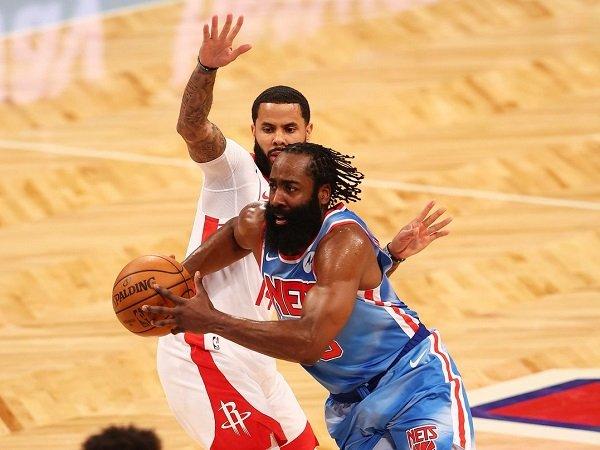 Brooklyn Nets akan ekstra hati-hati untuk memainkan James Harden pasca cedera hamstring.