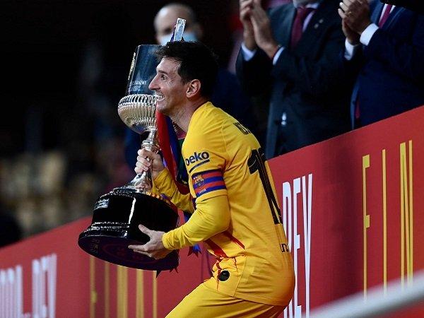 Lionel Messi pecahkan rekor gol di final Copa del Rey.