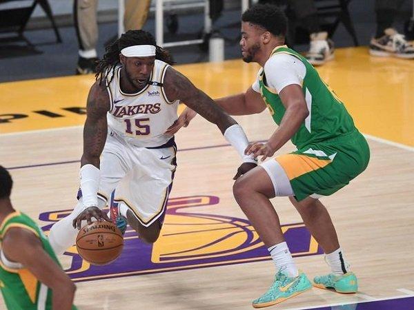 Los Angeles Lakers beri kekalahan pahit kepada Utah Jazz.
