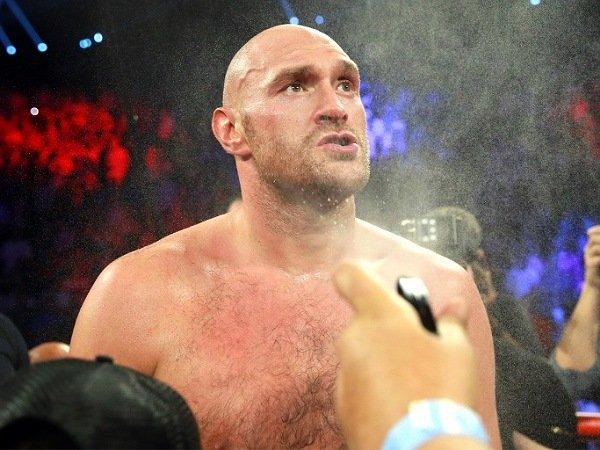 Fury takin dia akan kalahkan Anthony Joshua dengan cepat