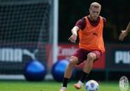 Dua Klub Asing Tertarik, AC Milan Evaluasi Peluang Jual Pobega
