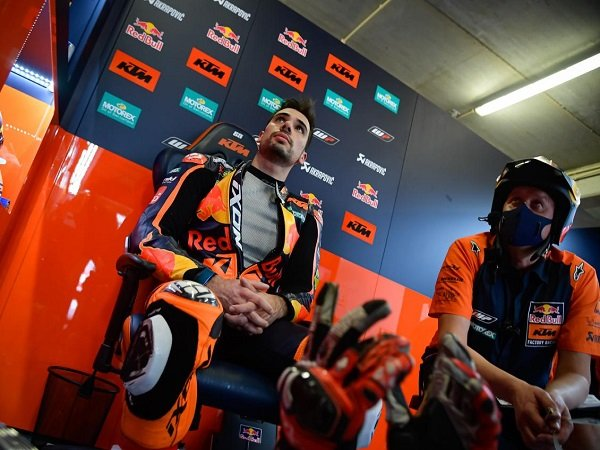 Miguel Oliveira keluhkan faktor ban saat melempem di GP Portugal.