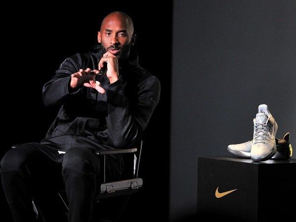 Nike resmi berpisah dengan Kobe Bryant.