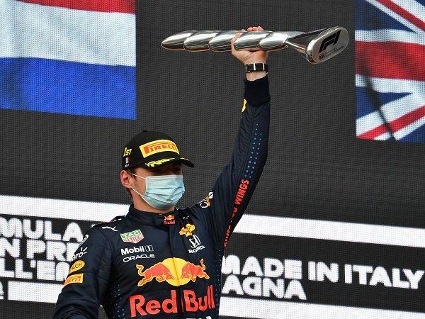Manajemen Red Bull puas Max Verstappen bisa rajai GP Emilia Romagna.