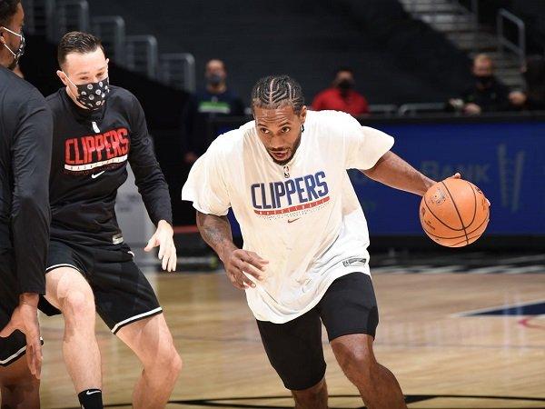Kawhi Leonard diistirahatkan sepekan oleh Clippers karena alami cedera kaki.