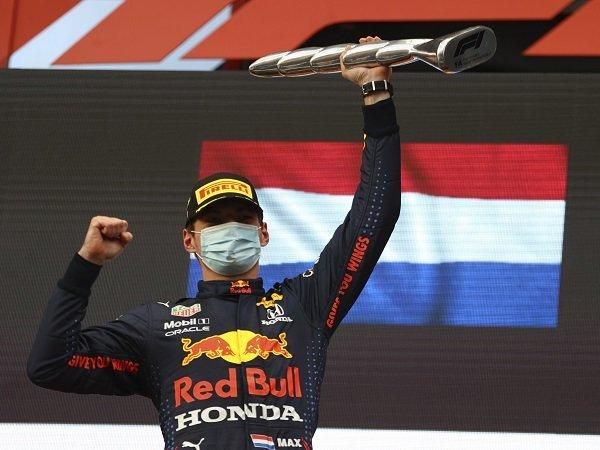 Christian Horner puas lihat Max Verstappen menang di GP Emilia Romagna.