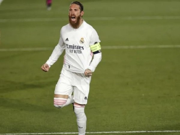 Florentino Perez mulai realistis soal masa depan Sergio Ramos.