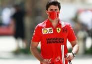 Carlos Sainz Optimistis Ferrari Mampu Ungguli Kecepatan McLaren
