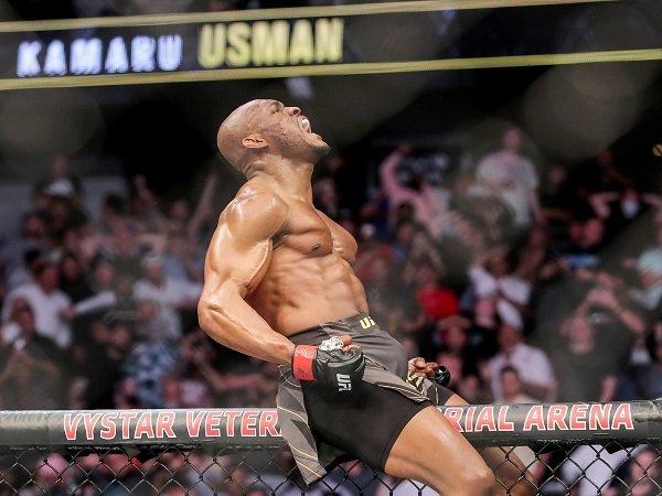 Dana White optimistis Kamaru Usman bisa jadi fighter terbaik.