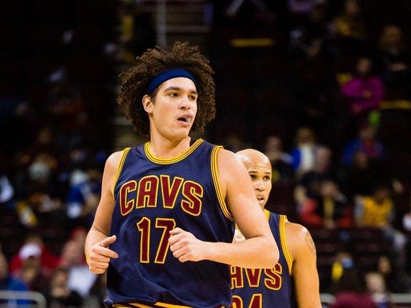 Cleveland Cavaliers reuni kembali dengan Anderson Varejao.
