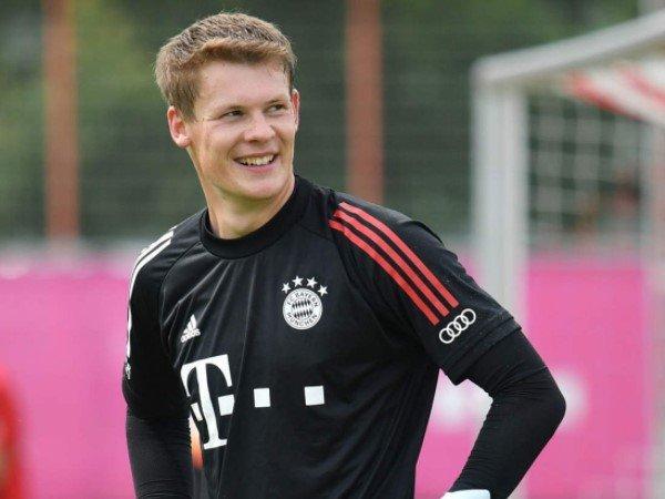 Alexander Nubel siap hengkang dari Bayern Munich untuk mendapat menit bermain lebih banyak