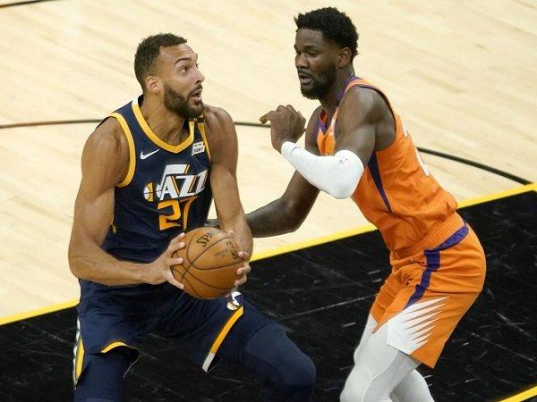 Rudy Gobert frustasi Utah Jazz kalah telak dari Phoenix Suns.